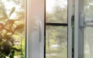 Как собрать москитную сетку на окно