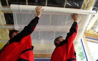 Какой стороной класть пароизоляцию на крышу